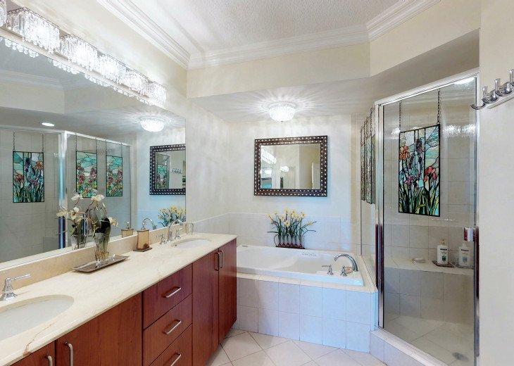 Master Bath (Whirlpool Tub & large Walk-in Shower)
