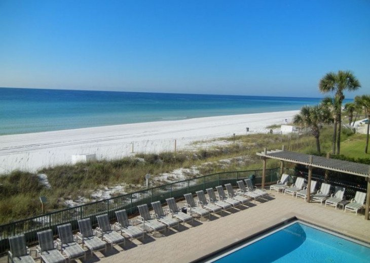 Direct gulf view, exceptional BEACH FRONT condo, quiet, low rise complex w/pool #15