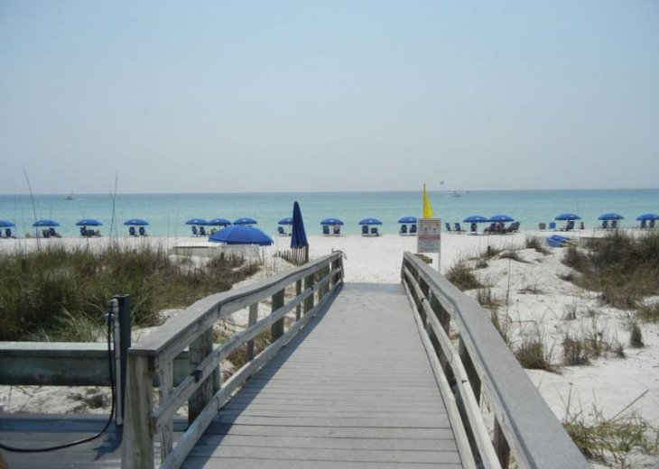 Direct gulf view, exceptional BEACH FRONT condo, quiet, low rise complex w/pool #18