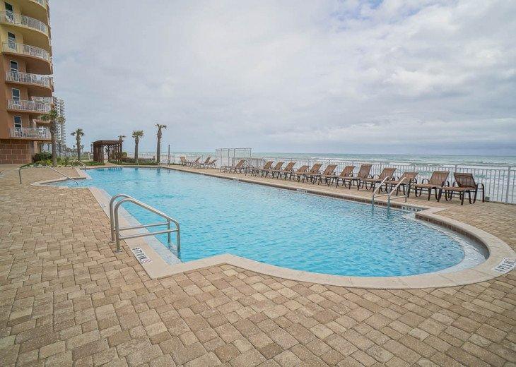 Bella Vista - Luxury Ocean Front Condo #15