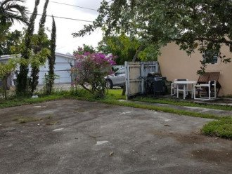 GORGEOUS HOME IN EAST HOLLYWOOD FL 3 BED 2 BATH #1