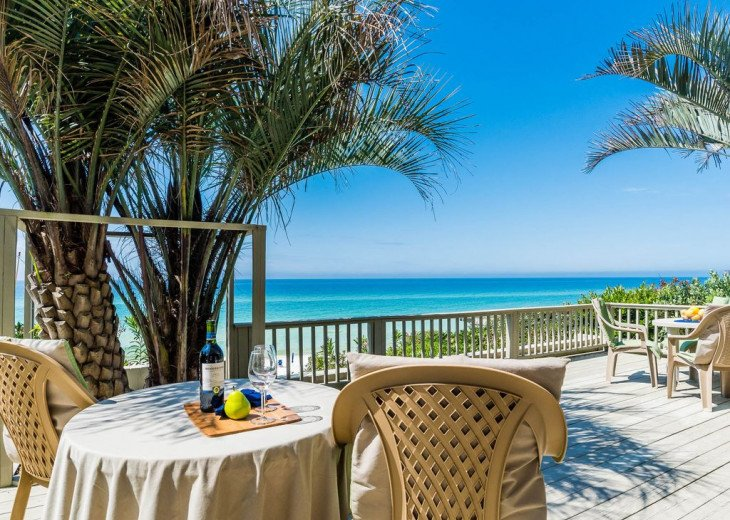 This Listing is no longer Available - GULF FRONT HOME 87 ft PRIVATE BEACH #23