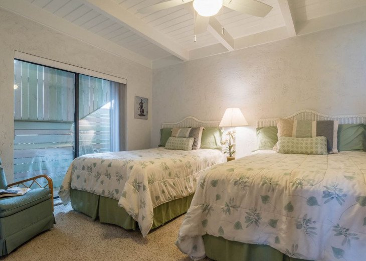 This Listing is no longer Available - GULF FRONT HOME 87 ft PRIVATE BEACH #10