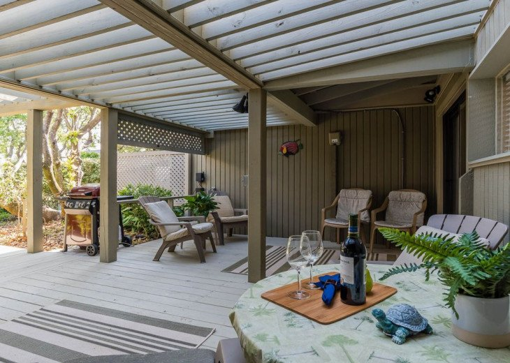 This Listing is no longer Available - GULF FRONT HOME 87 ft PRIVATE BEACH #18
