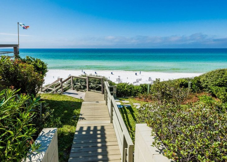 This Listing is no longer Available - GULF FRONT HOME 87 ft PRIVATE BEACH #20