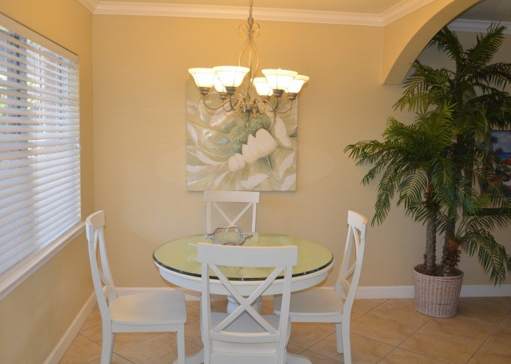 Welcome to Your Florida Home! Barefoot Beach Resort. Updated Unit New Furniture #14