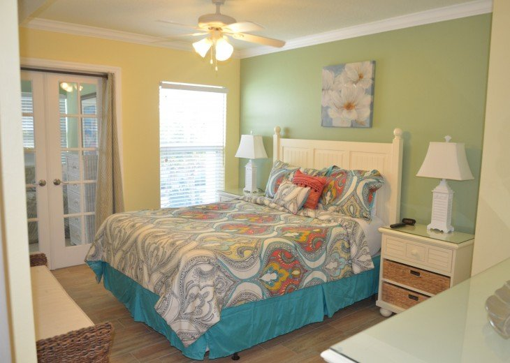 Welcome to Your Florida Home! Barefoot Beach Resort. Updated Unit New Furniture #11