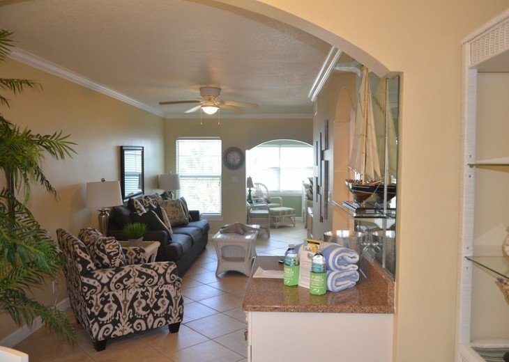 Welcome to Your Florida Home! Barefoot Beach Resort. Updated Unit New Furniture #8