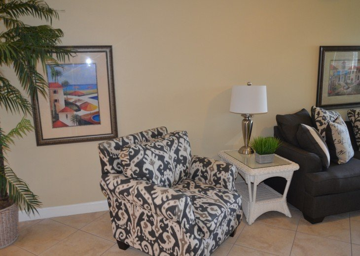 Welcome to Your Florida Home! Barefoot Beach Resort. Updated Unit New Furniture #4