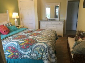 Welcome to Your Florida Home! Barefoot Beach Resort. Updated Unit New Furniture #1