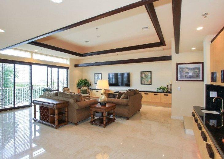Big, Bold and Beautiful Marco Penthouse #1