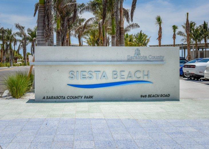 BEAUTIFUL WATERFRONT LUXURY Condo - Boat Dock - Walk to Siesta Key Beach!! #64