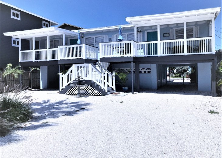 Location, Location, Location! Stay on The Gulf BEACH SIDE! Steps to the Beach! #2