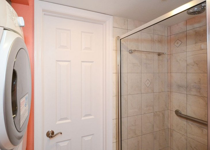 Main Bathroom with Shower and washer-Dryer