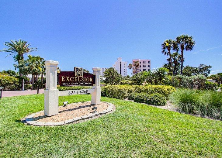 Excelsior Main Sign