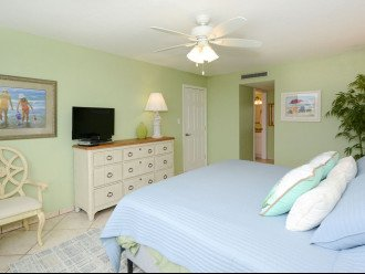 Master Bedroom with 32in HDTV and DVD Player