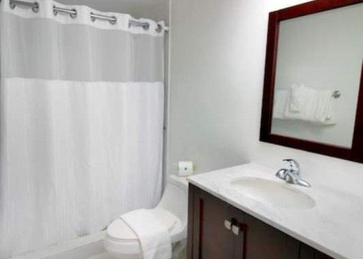 Miami Beach 6 Guests 2 Bedroom Suite(1) #6