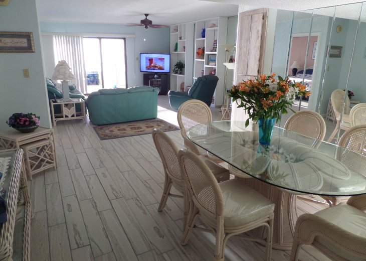 Indian Shores-Penthouse Condo Direct on Beach #22