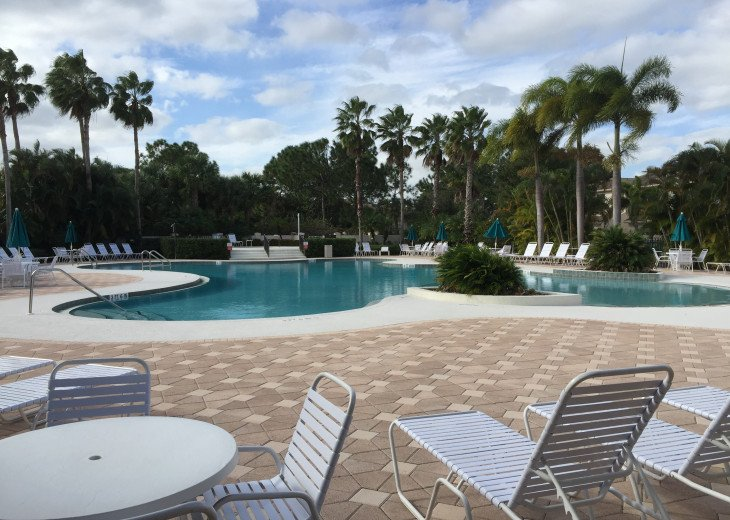 This B unit is a studio Apartment,Security guard, Gated Community, resort pool. #22