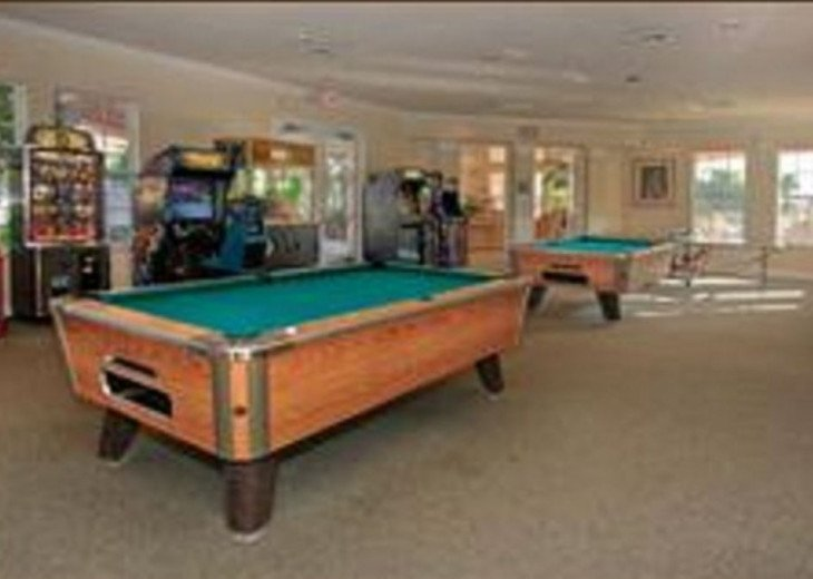 Tropical Palms-Windsor Palms Resort Villa 3 Miles to Disney in Guarded Community #23