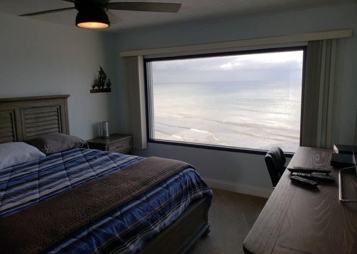 Oceanfront Vacation Rental. 3 Bedroom / 3 Bath. #7