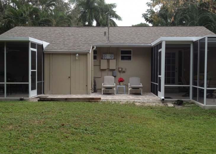Back of duplex. This side has larger screened lanai