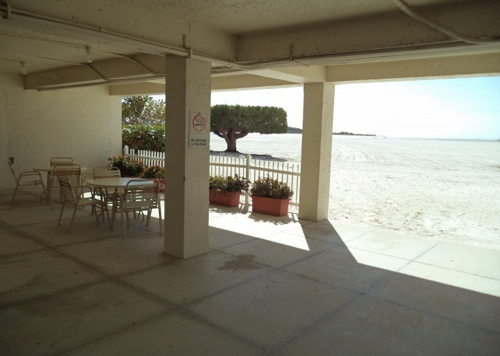 Oversize 5th Floor Corner Unit Directly On The Beach All Inclusive rate #19