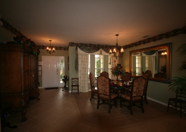 4BR Luxury Villa with Games Room, Lake Views #18