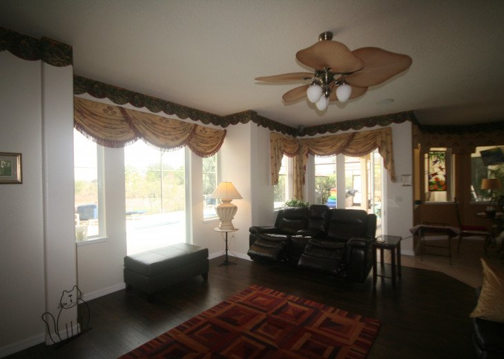 4BR Luxury Villa with Games Room, Lake Views #13