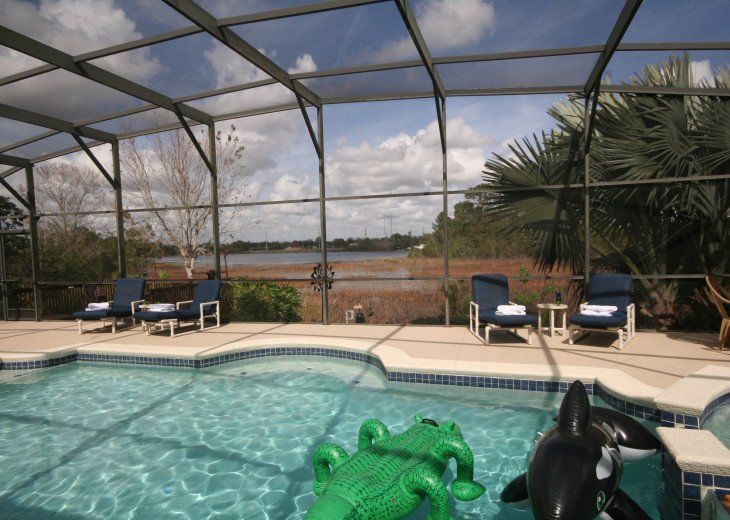 4BR Luxury Villa with Games Room, Lake Views #2