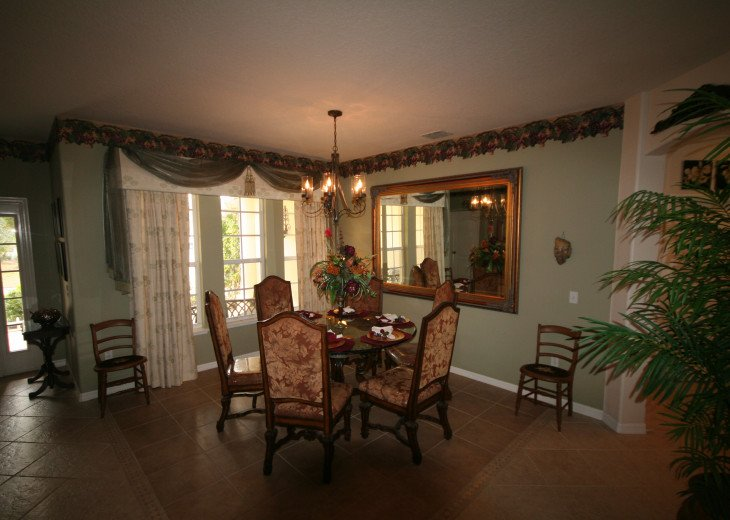 4BR Luxury Villa with Games Room, Lake Views #19