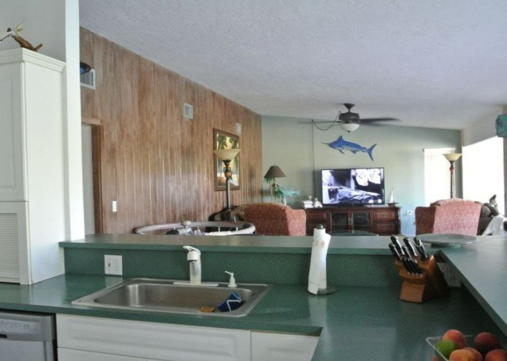 Water Front 3/3 Family and Boat Friendly Home, Great Views #8