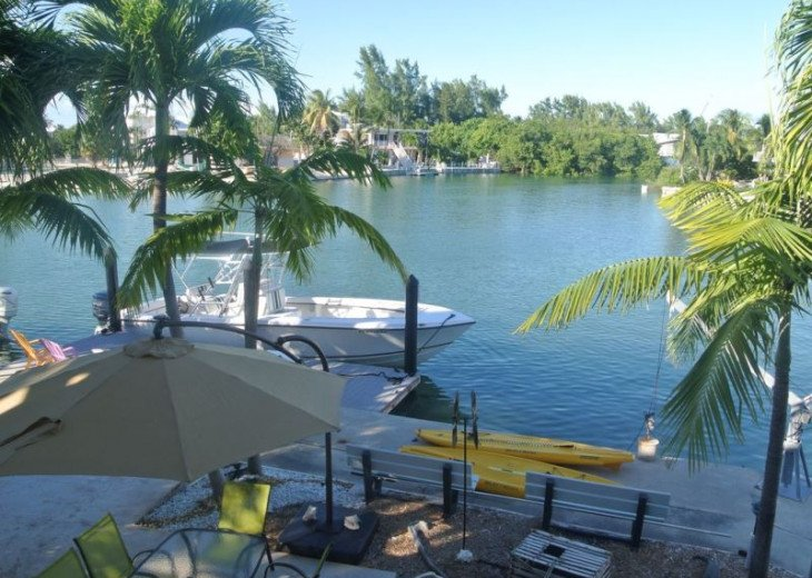 Water Front 3/3 Family and Boat Friendly Home, Great Views #3