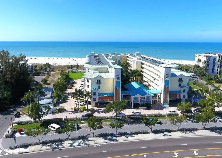 Sunset Vistas Top Floor Gulf View Beachfront King in Master & New Appliances! #20