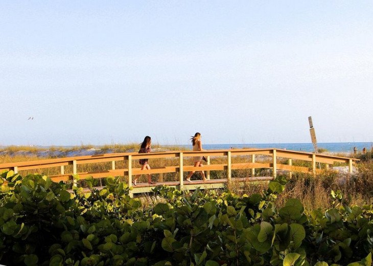 Sunset Vistas Top Floor Gulf View Beachfront King in Master & New Appliances! #30