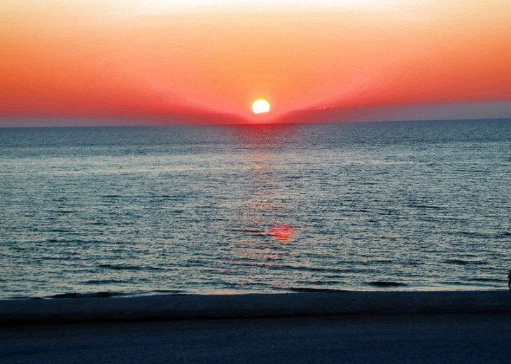 Sunset Vistas Top Floor Gulf View Beachfront King in Master & New Appliances! #2