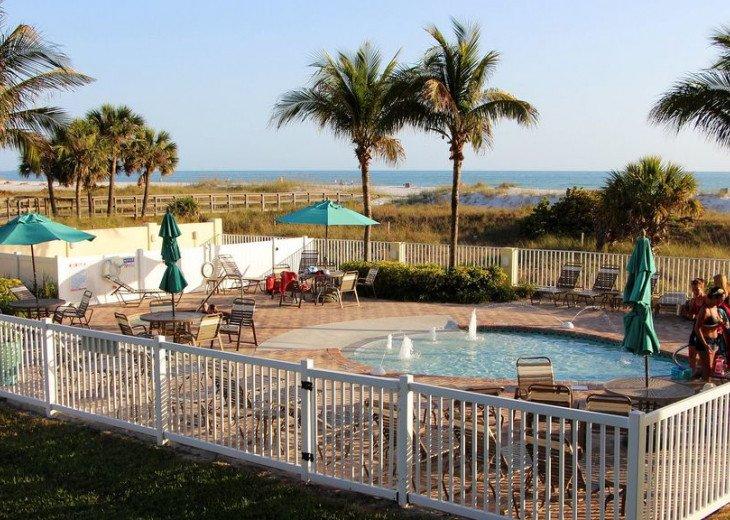 Sunset Vistas Top Floor Gulf View Beachfront King in Master & New Appliances! #44