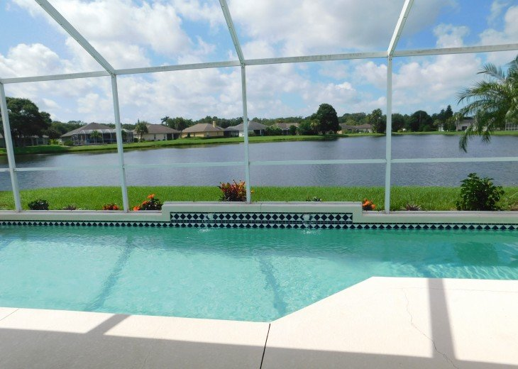 Luxurious 3 Bedroom Villa- central position to lake -Sunshine all day #3