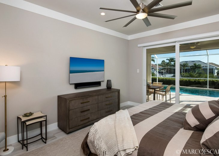 BONITA BLEU - 5 Bedroom Sun Filled Luxury, Due South Exposure, Walk to Beach! #18