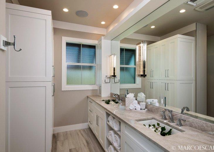 BONITA BLEU - 5 Bedroom Sun Filled Luxury, Due South Exposure, Walk to Beach! #19