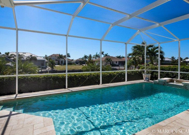 BONITA BLEU - 5 Bedroom Sun Filled Luxury, Due South Exposure, Walk to Beach! #7