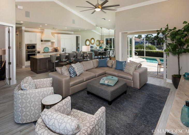 BONITA BLEU - 5 Bedroom Sun Filled Luxury, Due South Exposure, Walk to Beach! #2