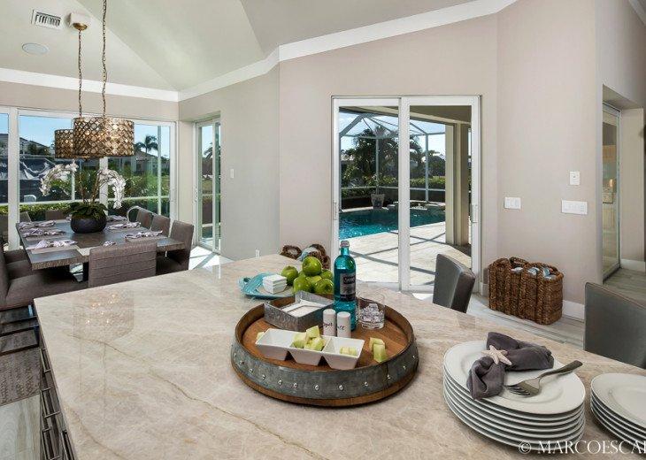 BONITA BLEU - 5 Bedroom Sun Filled Luxury, Due South Exposure, Walk to Beach! #14