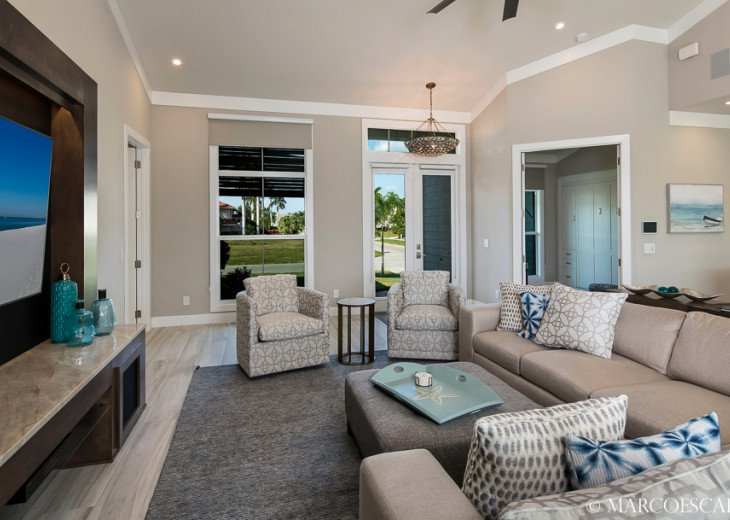 BONITA BLEU - 5 Bedroom Sun Filled Luxury, Due South Exposure, Walk to Beach! #11