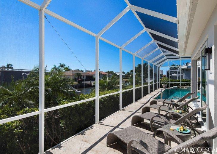 BONITA BLEU - 5 Bedroom Sun Filled Luxury, Due South Exposure, Walk to Beach! #8