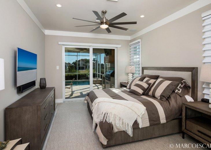 BONITA BLEU - 5 Bedroom Sun Filled Luxury, Due South Exposure, Walk to Beach! #17