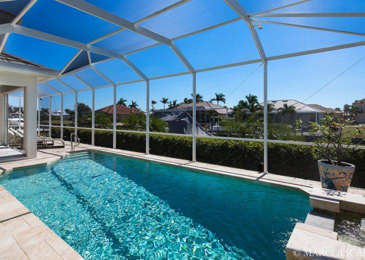 BONITA BLEU - 5 Bedroom Sun Filled Luxury, Due South Exposure, Walk to Beach! #6