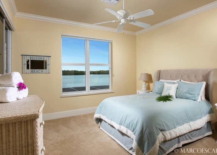 STARFISH COURT - Sweeping Bay Views; All 5 Bedrooms are Suites! #18