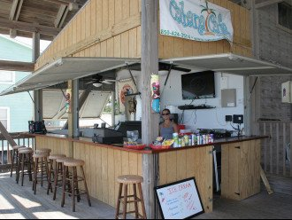 Bar-n-grill on the private Pavilion