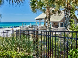 Emerald Shores Private Beach and Pavilion with Restrooms, Bch Svc, Cabana Bar